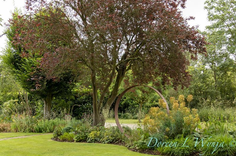 Jacky O'Leary circular garden art_2902.jpg