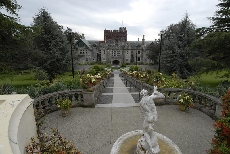 070903 8362 Canada - Victoria - Royal Road Castle and Gardens _F _E ~E ~L.JPG