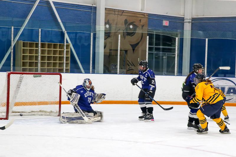 20150129 QWHockeyatUOIT 1163.JPG