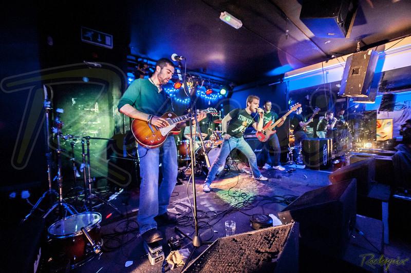Stone Blind - Scream Lounge