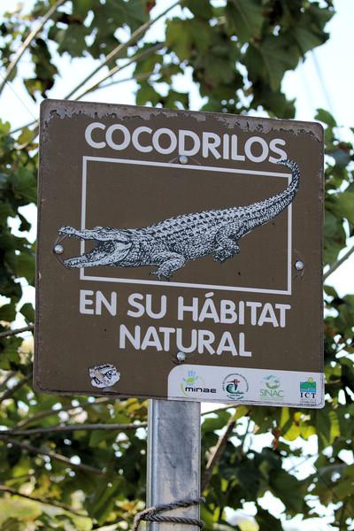 Tarcoles Croc Sign.jpg