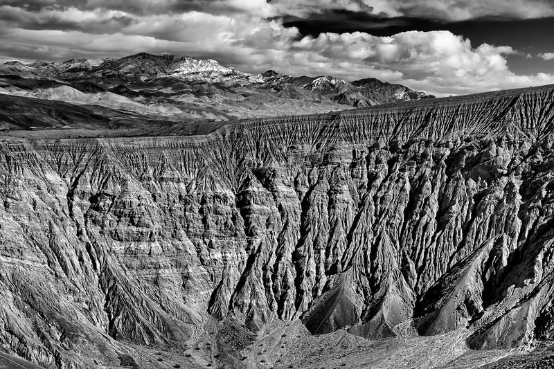 Ubehebe Crater 9172c.jpg
