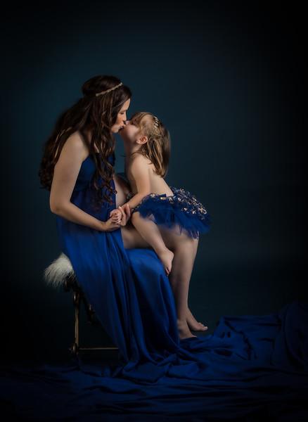 Momy-And-Me
