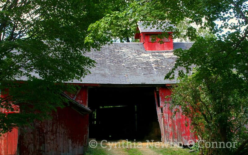 orchard barn.JPG