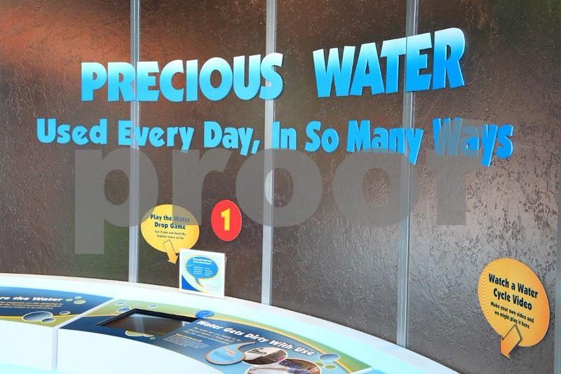 Precious water 8696.jpg