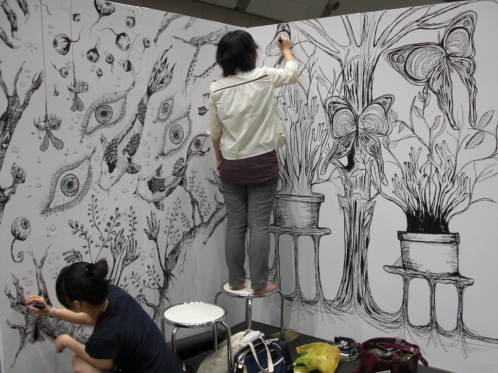 Live painting at Design Festa.