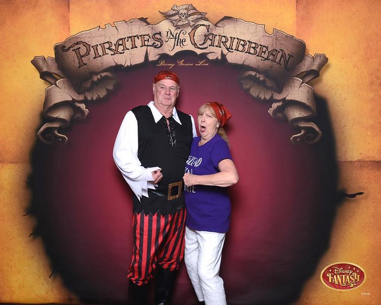 403-124159865-C Pirate In The Caribbean 3 MS-49619_GPR.jpg