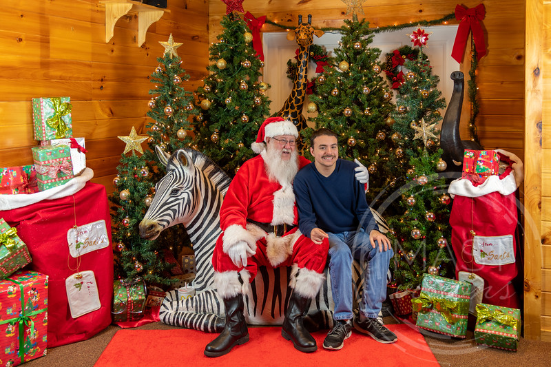 2019-12-01 Santa at the Zoo-7544.jpg