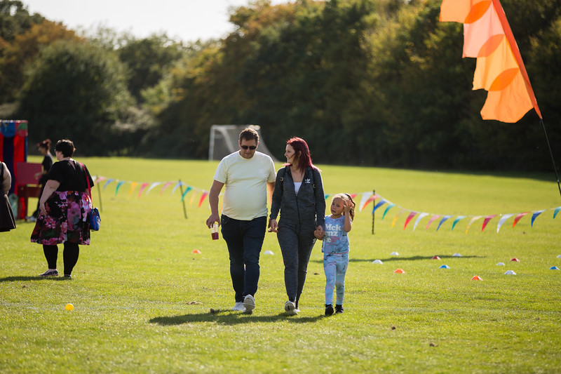 bensavellphotography_lloyds_clinical_homecare_family_fun_day_event_photography (158 of 405).jpg