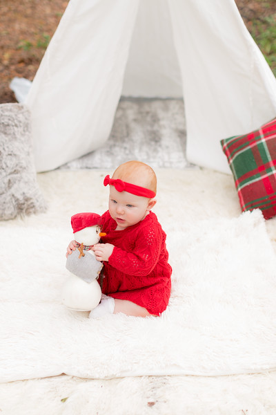 Holiday Minis- Heliin Family-42.jpg