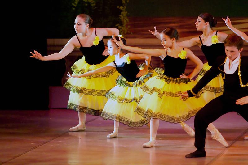 livie_dance_051714_09.jpg