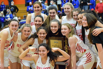 GIRLS BASKETBALL Semi-State Carroll VS Crown Point 2021