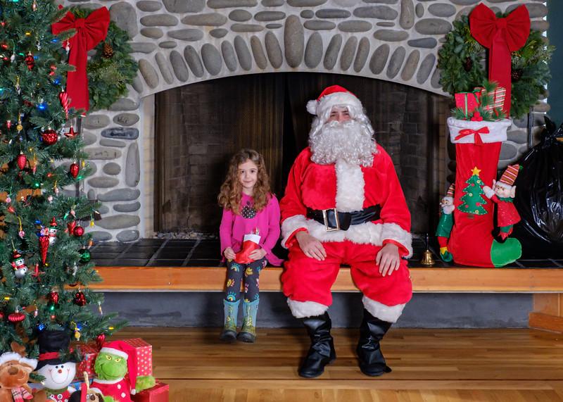 CB Santa 2019-7620.jpg
