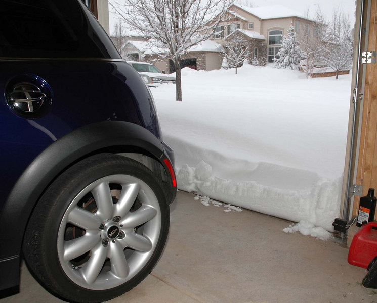 This MINI is not going anywhere. Besides, work was cancelled on Thursday (Dec. 21).