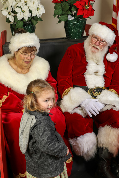 TBTP 2019 Photos with Santa-131.JPG