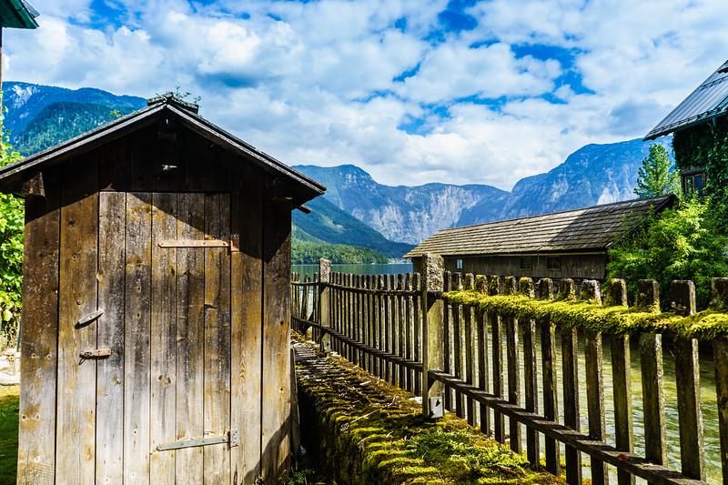 Hallstatt: Shed at the Lake