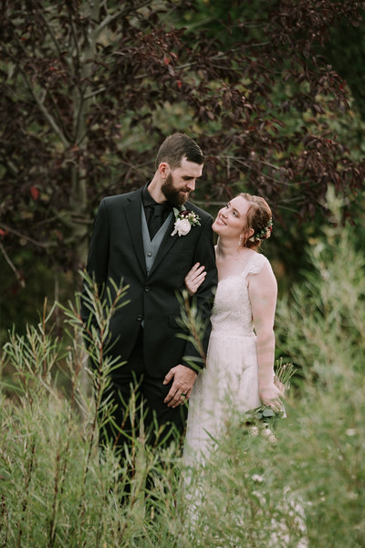 rustic_ohio__fall_barn_wedding-276.jpg