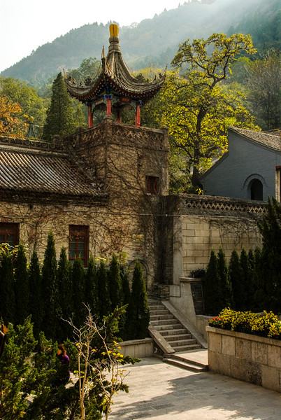 China_Xi'an Hot Springs Temple-2.jpg