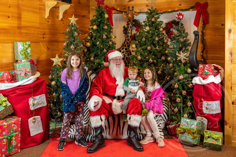 2019-12-01 Santa at the Zoo-7589.jpg