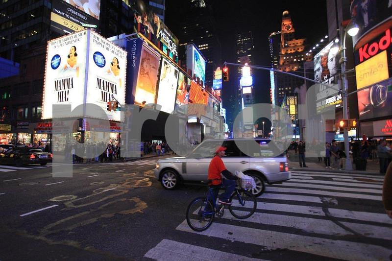 NYC Times Broadway 6554.jpg