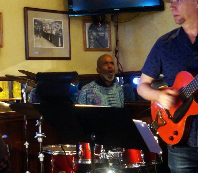 20160825 John Lee Trio Roberta Gambarini Paul Bollenbach 017.jpg