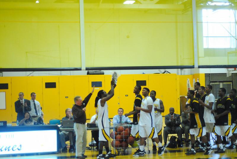 20090301_MCC Basketball_5731.JPG