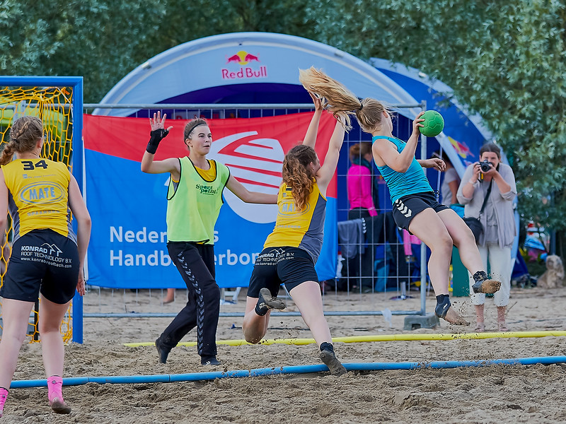 Molecaten NK Beach Handball 2016 dag 1 img 581.jpg