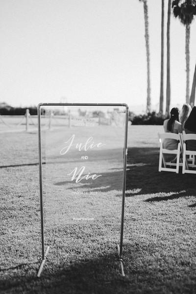 Nic&JulieB&W-379.jpg