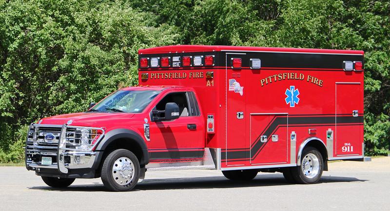 Ambulance 1   2019 Ford F-550 / Gen-T