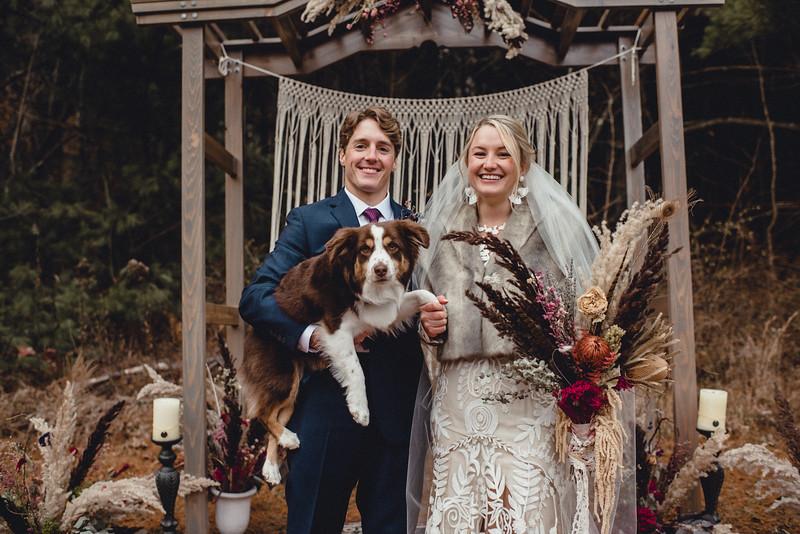 Requiem Images - Luxury Boho Winter Mountain Intimate Wedding - Seven Springs - Laurel Highlands - Blake Holly -1313.jpg