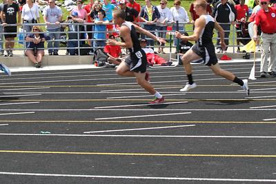 Girl's 400 Meter Relay - 2012 MHSAA LP D3 T&F