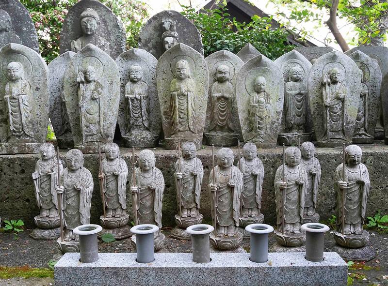KamakuraHaseDeraJizo13.jpg