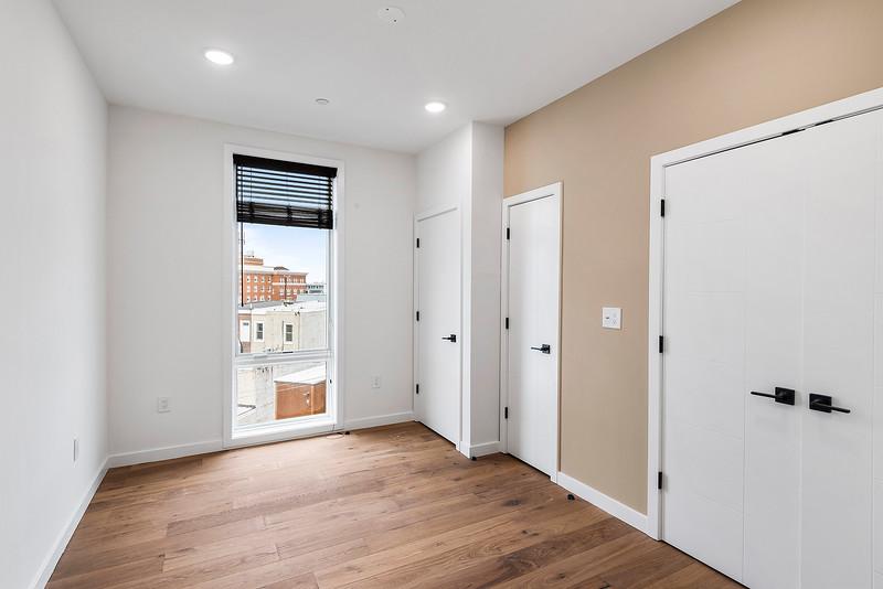 3 Yoav Shiiffman 6 units 438 Memphis Street-online-26.jpg