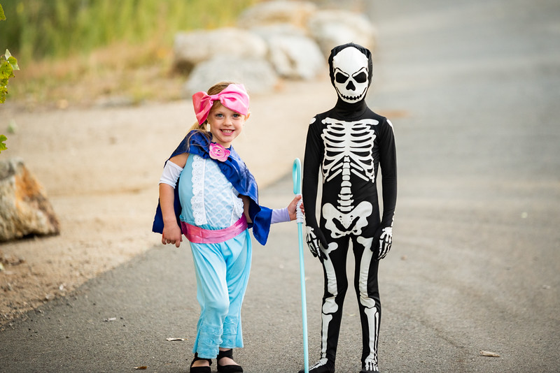 Colton and Paisley Halloween 2019-9111.jpg