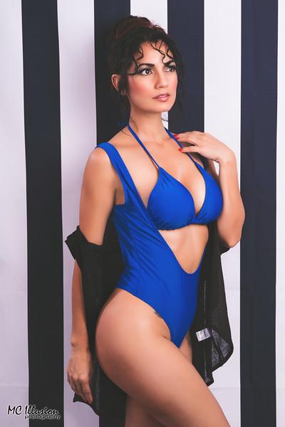 2018 04 19_Ivy Blue Bikini Studio_2789a1.jpg