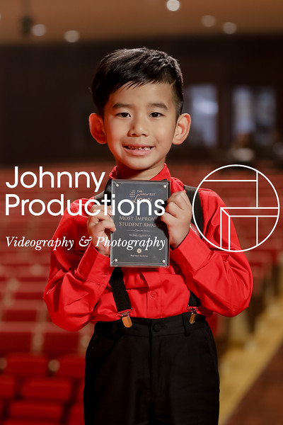 0023_day 1_award_red show 2019_johnnyproductions.jpg