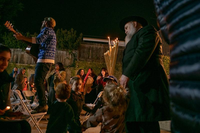 Brentwood Chabad -Chanukah902.jpg