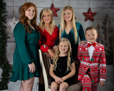 Roberson Family~12-16-18