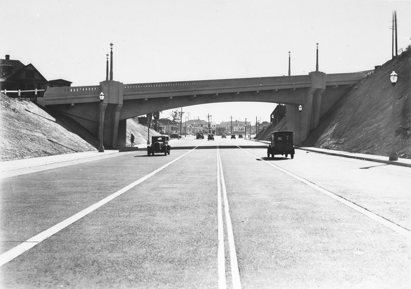 1920-29, College St. Bridge