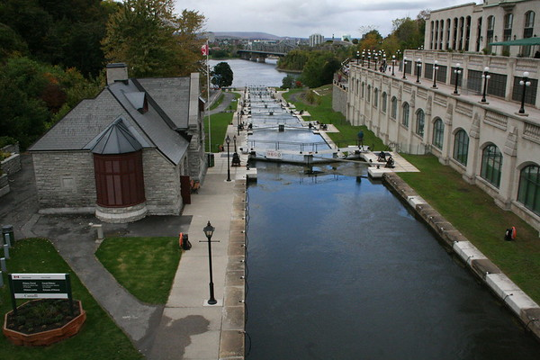 Day 2: Rideau Canal - 29 September 2006