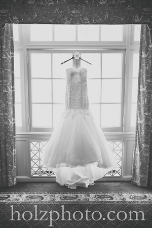Lexie & Cody B/W Wedding Photos