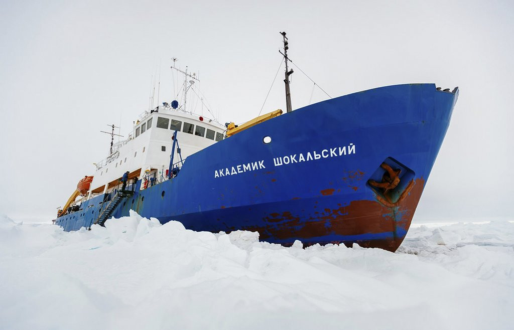 """. <p>10. (tie) GLOBAL WARMING <p>If you think it�s bad here, you should see how it is for icebound �scientists� in Antarctica.   <p><b><a href=\'http://www.foxnews.com/science/2013/12/30/stuck-in-our-own-experiment-leader-trapped-team-insists-polar-ice-is-melting/\' target=\""""_blank\""""> HUH?</a></b> <p>    (AP Photo/Australasian Antarctic Expedition/Footloose Fotography, Andrew Peacock)"""
