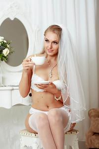 Centelle Bridal