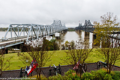 Vickburg Bridges - Old and New - 2011127