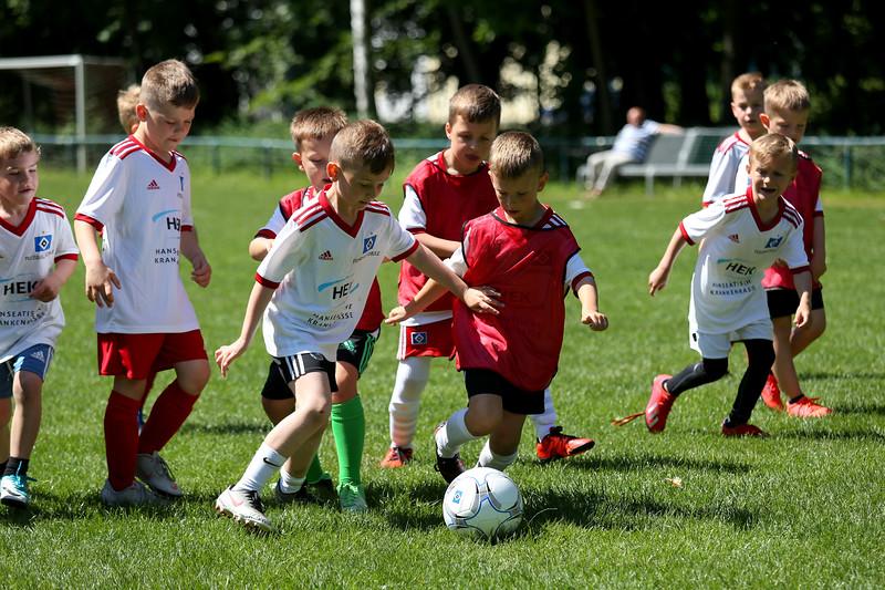 hsv_fussballschule-513_48047999698_o.jpg