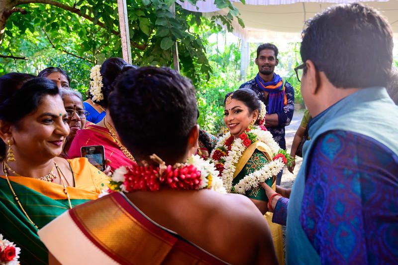 2019-12-Ganesh+Supriya-5217.jpg