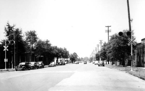 SLine Main Street - 1944.jpg