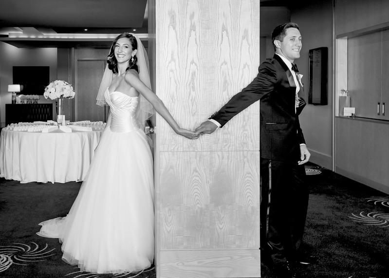 Four-seasons-hotel-downtown-seattle-wedding-photos-carol-harrold-photography-12.jpg