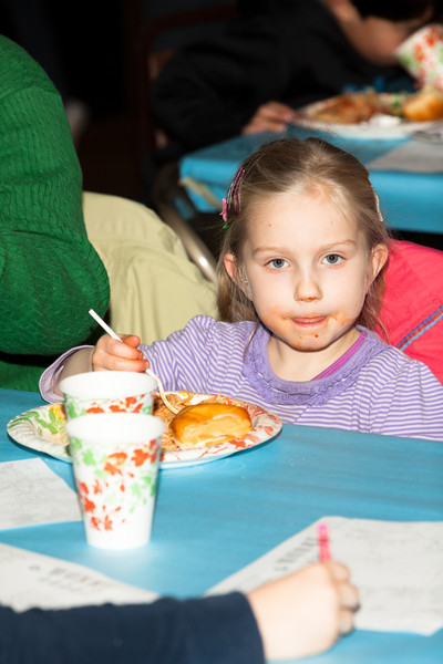 Woodget-131203-039--auction, charity - 14002000, children - 14024001, events - social, fundraiser, Montessori, school, Seattle.jpg