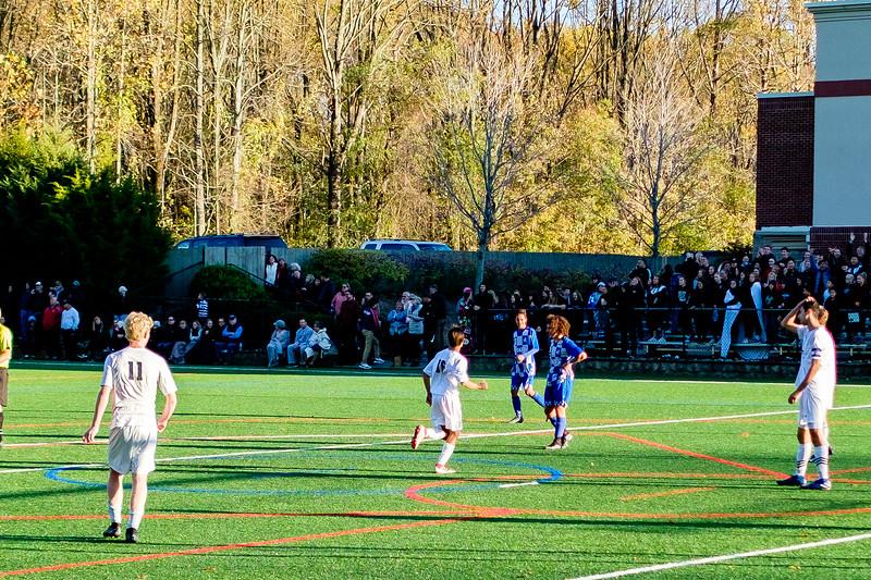 TCS Varsity Soccer 2019-3909.jpg
